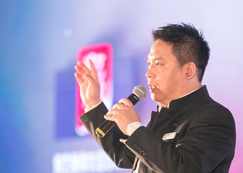 01网络-博艺婚嫁平台西南地区CEO--廖斌.jpg